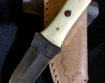 Excellent 6 Damascus steel Dagger Knife With camel bone Handle with artsy mosaic pins and Brass Pins in handle. Leather sheath included