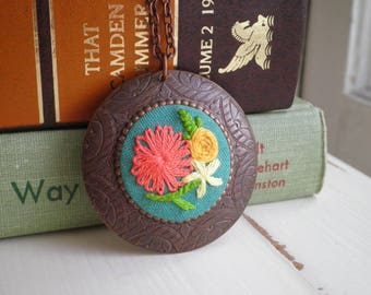 Flower Garden Embroidered Necklace - Embroidery Retro Wildflowers Pendant - Mini Hoop Art Fiber Textile Fabric Floral Gardener Jewelry Gift