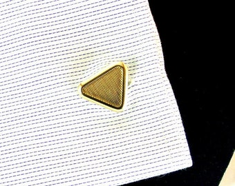 Light Gold Tone Triangle Cuff Links Triangle Gold Tone Cuff Links Vintage Cuff Links Unsigned Cuff Links