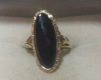 Vintage Goldtone and Black Oval Statement Ring