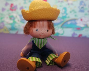 Vintage Kenner Huckleberry Pie Doll with Flat Hands from Strawberry Shortcake
