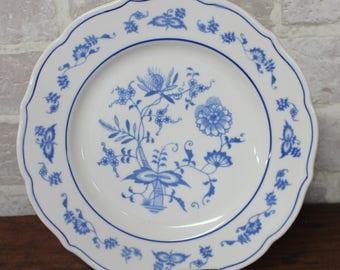 Blue Syracuse China restaurant ware dinner plate, Asian or Oriental flower design