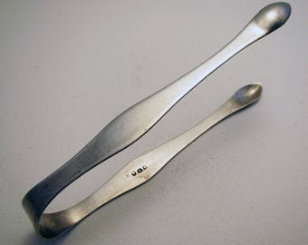 Batemans Antique (Early example 1796) George III English Georgian Solid Sterling Silver Sugar Tongs. Late 18th-century.