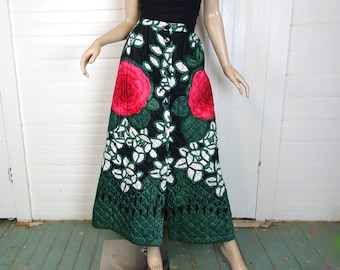 70s Quilted Skirt in Big Roses- 1970s Maxi Skirt- Magenta & Green- Hippie / Boho / Festival / Woodstock / Holiday