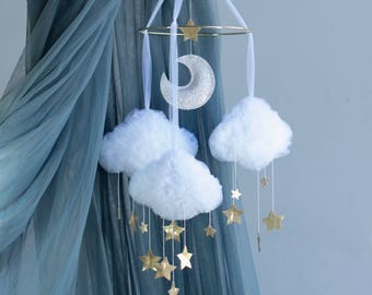Gender cloud nursery mobile made of tulle with gold stars and a moon, birth gift, baby shower gift, hanging mobile, crib mobile, white cloud