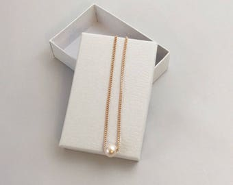 Floating Pearl Necklace, Dainty Necklace, Single Pearl Necklace, Simple Everyday Necklaces, Bridesmaid Necklaces
