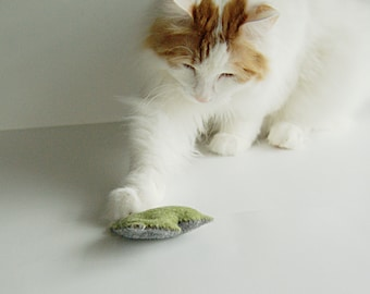 3 Catnip Cat Toys in grey and blue/green wool felt