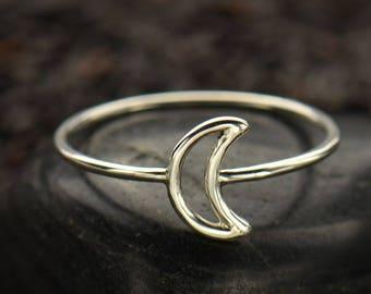 Moon stacker ring -Moon ring - Lunar gift - Crescent moon ring - Gift moon lover - Sterling silver ring - Boho jewelry - Minimalist wear
