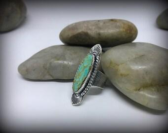 König Manassa Sterling Silber gestempelt Ring - Sz. 7,5