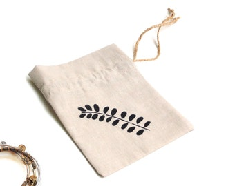 Linen fabric gift bag, drawstring pouch, leaf motif, hen party bag, Happy Birthday gift, jewelry travel bag