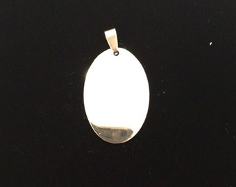 Medium Oval Pendant with possibility of custom engraving