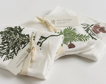 Winter Sprigs Towel Set : Set of 3 Flour Sack Cotton Tea Towels