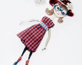 Necklace female character glasses, dress and hat - fabrics - email