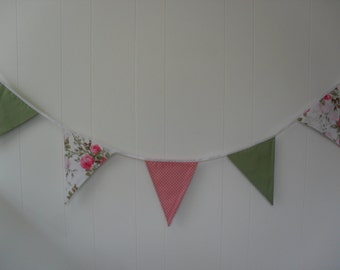 Pink Rose Bunting with pink and green flags. Item No. LDC0146