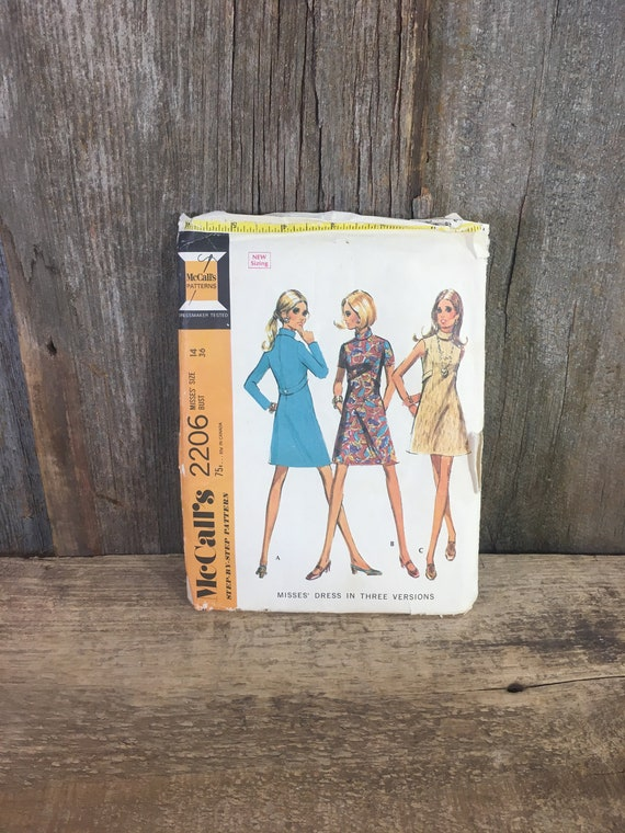 Vintage McCalls sewing pattern, McCalls 2206 from 1969, McCalls misses dress in three versions, vintage sewing pattern size 14,vintage dress