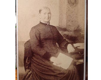 1880s Antique Photograph Cabinet Photo Victorian Lady With a Letter in Fringed Chair Tuscola Illinois Studio