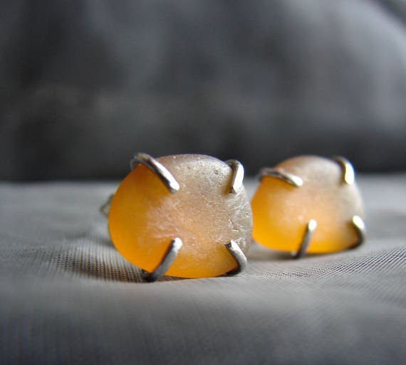 Tiny Ocean sea glass stud earrings in amber