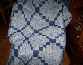 Lap Quilt Entwined, Blue Waves, 70 x 70