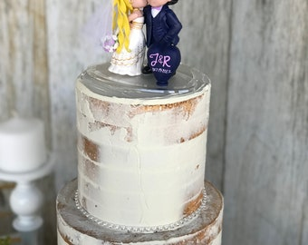Sailor Moon with Wedding Dress Kissing Vegeta Wedding Cake Topper