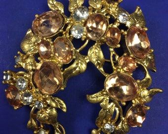 Brooch/ Goldtone Leaves With Peach Stones
