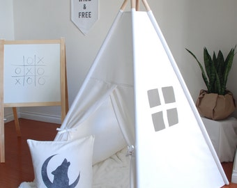WEEKLY SALE // Ready to Ship, Small White Canvas Teepee, Play Tent, Kids Teepee, Childrens Teepee, Teepee Tent, Tipi, Playhouse, Playhouse