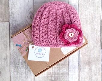 Pink baby hat, Beanie hat, Girls crocheted hat, Crochet baby hat, Crocheted girls hat, Pink hat, baby beanie flower hat, Newborn gift,