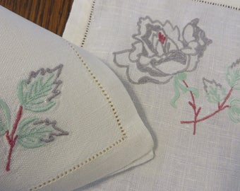 Linen PLACEMATS & Matching NAPKINS  //  Set of 9  //  Off-White w/ Gray Rose and Leaves Embroidered  //  Wedding Linens or Formal Table