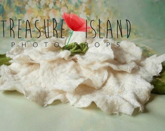 FELTED JASMINE FLOWER set,felted flower,felted hat,felted leaf,photo props