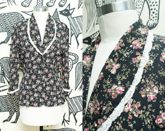 Floral Blazer // Pink Black Lace Feminine Fitted Top  // 90s Laundry Rayon 3/4 Sleeve Pearl Detail Jacket Size Small