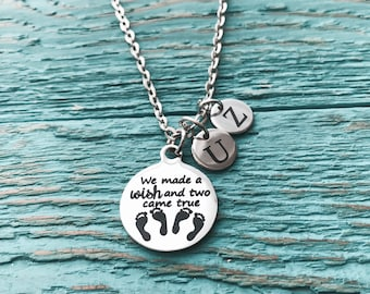Mother of twins, Mom of twins, Mommy of twins, Grandma of twins, Silver Necklace, Charm Necklace, Gifts for, Twin sister, Twins Memorial