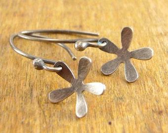 Simple flower earrings. Short dangly flower earrings.