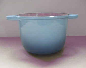 Reserved for BOBO.  LE CREUSET! Vintage French blue cast iron unlidded casserole pot.