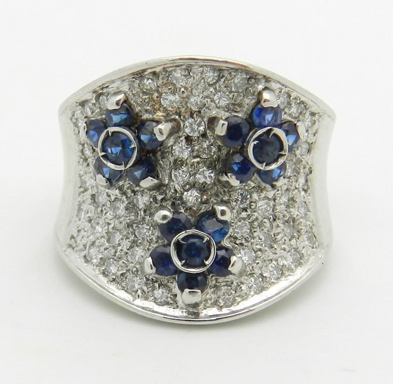 SALE 14K White Gold Diamond and Sapphire Flower Wedding Ring Anniversary Band Size 4