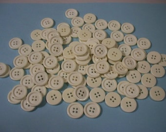 100 Buttons, Cream Colored Buttons, (Off White) 3/4 Inch Buttons, Lot 2631 (Free US Shipping)