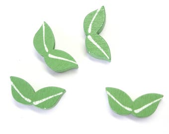 5 leaf beads in painted wood 20x9mm