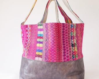 Very Large Tote// Carry all // shoulder bag// Peruvian Bag
