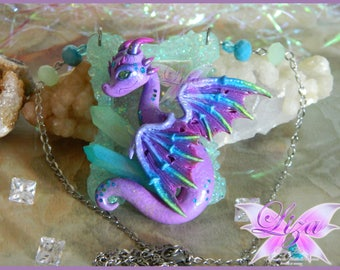 Dragon necklace / Dragon pendant / Dragon Jewelry / Aura quartz