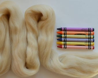 MERINO WOOL ROVING / Wisp of Honey  1 ounce / wool for dreadlocks  / needle felt wool / wool for weaving / spinning wool