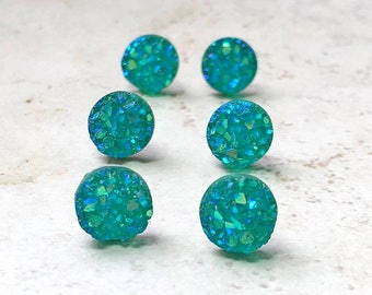 Set of 8 Teal Bridesmaids Earrings, Tiny Teal Green Faux Druzy Earrings, Small 8mm Round Studs with Gift Boxes