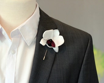Mens wedding natural linen orchid boutonniere, fashionable and elegant pin, orchid lapel pin stick, linen wedding boutonniere, size M