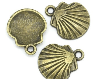 5 Antiqued Bronze Shell Charms