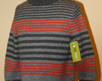 Knitted striped vest