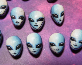 New 10 Polymer Clay Fimo Alien Face UFO ET X-Files Star Trek Beads 18mmx12mm