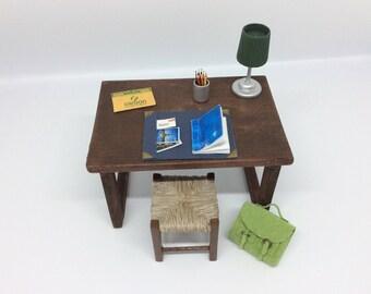 1: 12th scale miniature Bureau