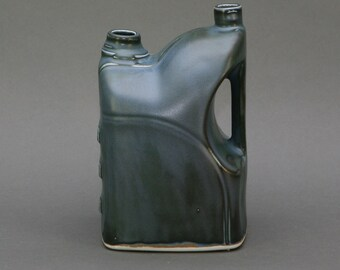 Glazed ceramic vessel
