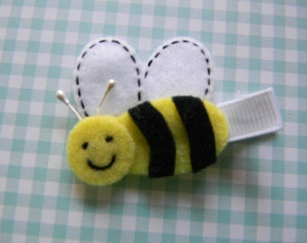 Exclusive Buzzing Bumble Bee Felt Clip