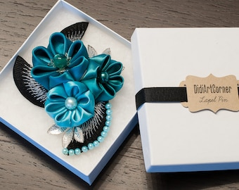 Women Brooch - Shades of Turquoise Flowers