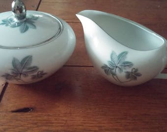Jyoto Fine China Trio Pattern Sugar Bowl with Lid and Creamer