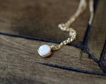Druzy Pendant Necklace in Gold ,  Tiny Layering Solitaire Necklace in Gold , Rose Gold , Sterling Silver , Dainty Pendant , White Confetti
