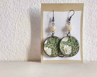 Pow! - William Morris Green - Paper on Wood earrings - earrings with beads - flowers